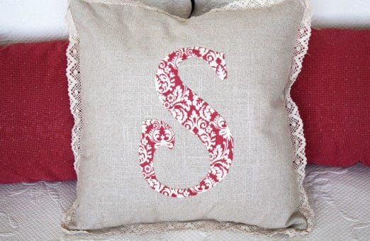 Illustrated instructions to DIY an applique monogram pillow to add to your home decor. Simple, step by step sewing and applique tutorial.
