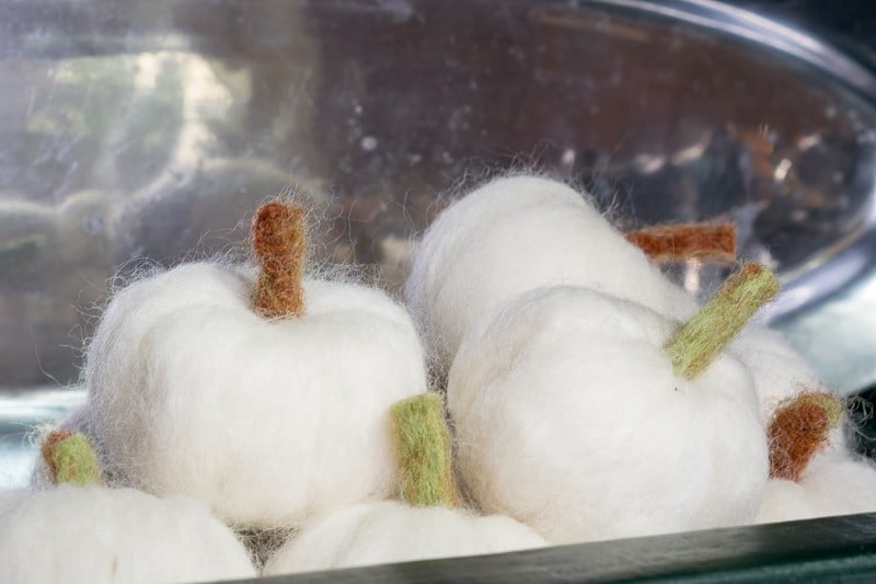 Instructions on how to make needle felted pumpkins