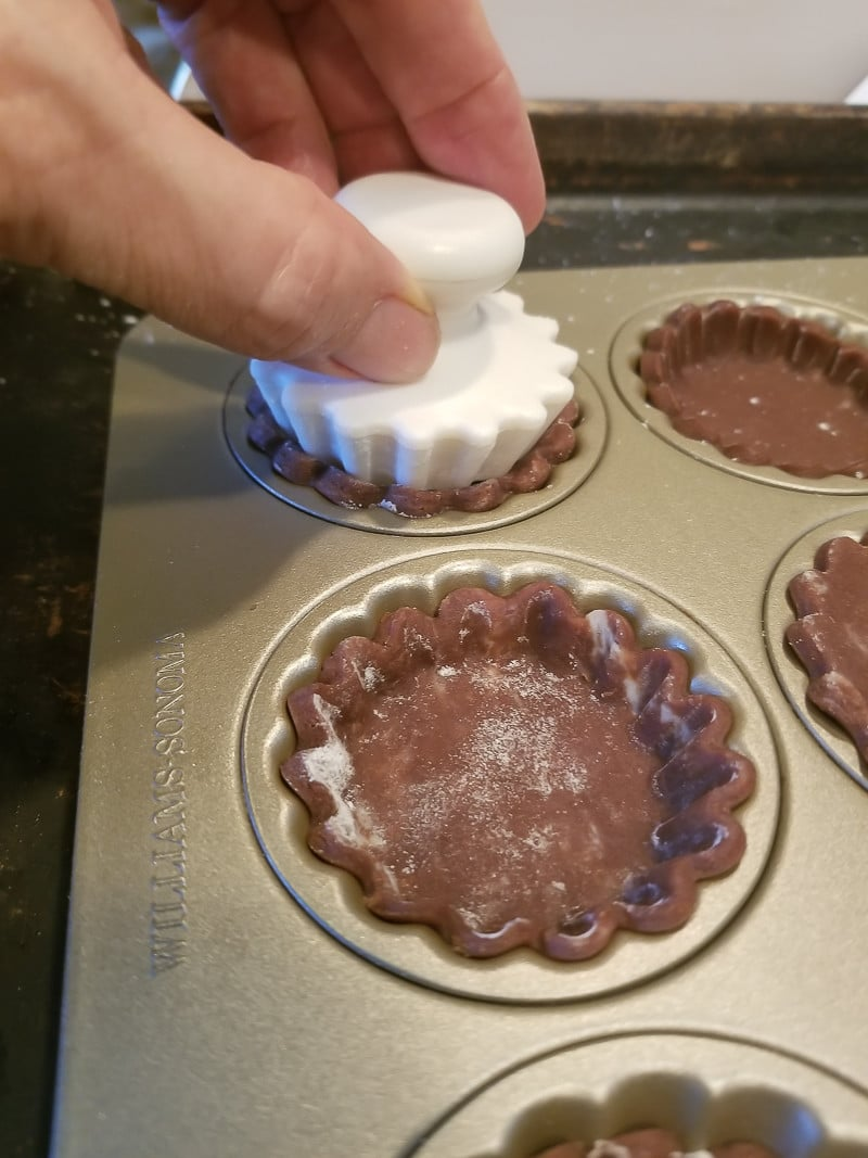 Williams Sonoma Mini Tart pan makes preparing the mini Chocolate Cranberry Tarts so very easy