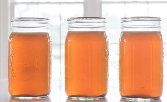 jars of canned chicken stock